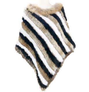 Kožešinové dámské poncho pletené z králíka a mývala - barevné 841481dd33